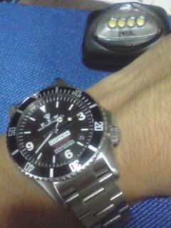 銃と腕時計